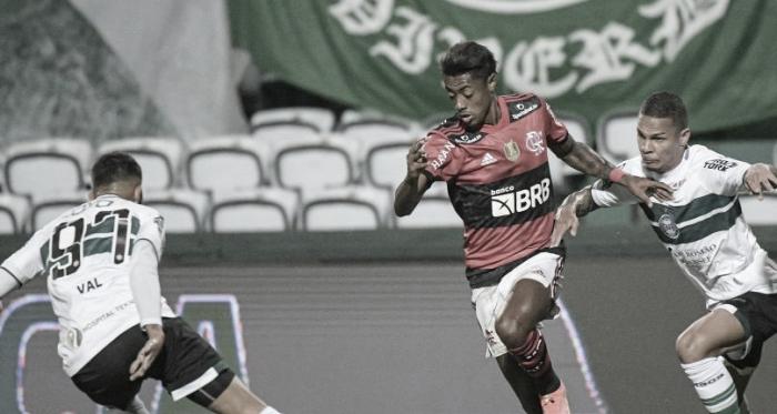 Após vitória na ida, Flamengo busca classificação contra o Coritiba na Copa do Brasil
