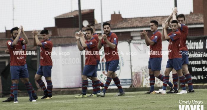 Fotos e Imágenes del Unión Club de Ceares 3-2 Candás Club de Fútbol