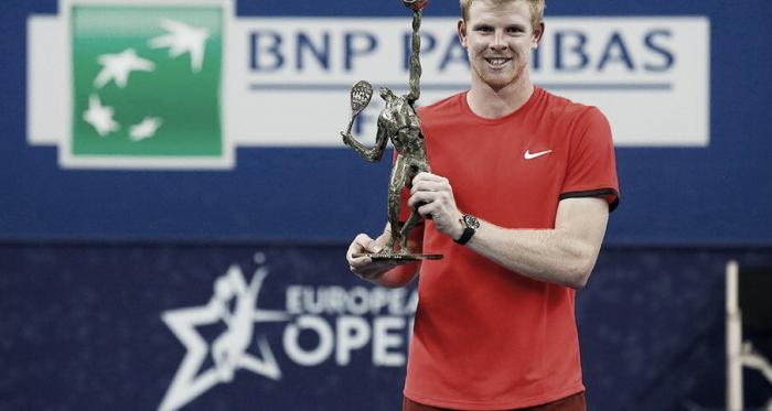 Kyle Edmund conquista su primer título de ATP en Amberes. Imagen: @ATPTour