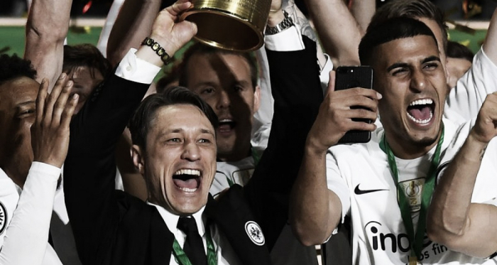 Niko Kovac levantando la Copa de Alemania / FOTO: @eintracht_esp
