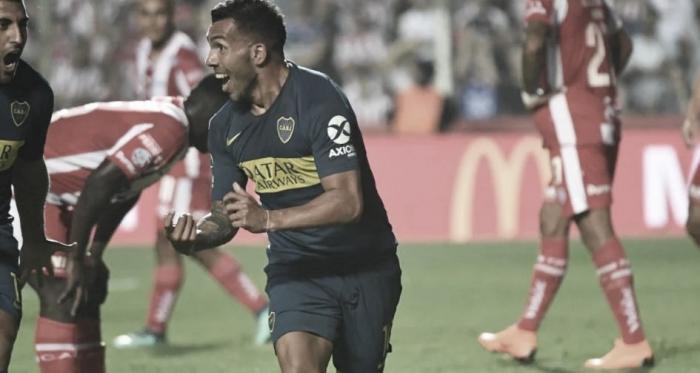 Carlitos festejando ante Unión. Foto:Boca Juniors.