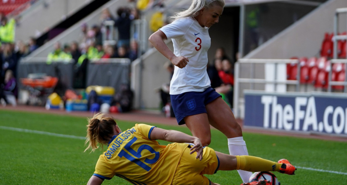 Jessica Samuelsson on adjusting to a role higher up the pitch