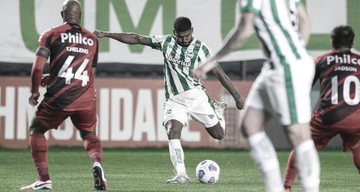 Athletico-PR e Juventude duelam em busca de recuperação no Brasileiro