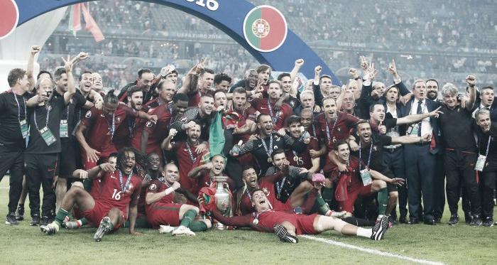 10 de julho: O dia em que toda a nação portuguesa celebrou a conquista do Euro 2016 // Foto: Facebook Seleções de Portugal