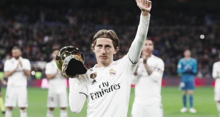 Luka Modric con el Balón de Oro. Foto: Liga Santander.