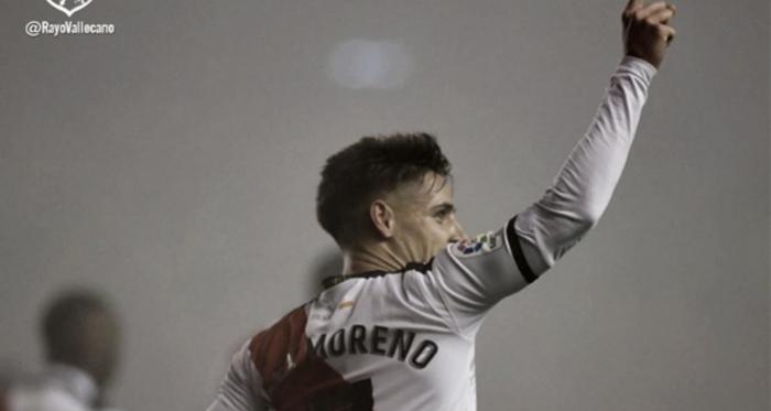 Álex Moreno celebrando el primer gol   Fotografía: Rayo Vallecano S.A.D.