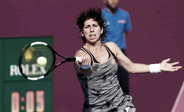 Carla Suárez durante un partido en el torneo de Doha la semana pasada. Foto: gettyimages.es