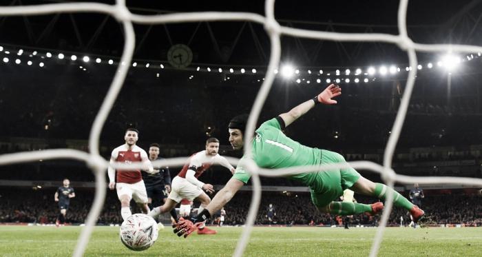 Lingard define para el segundo gol del United   Foto: ManUtd.com