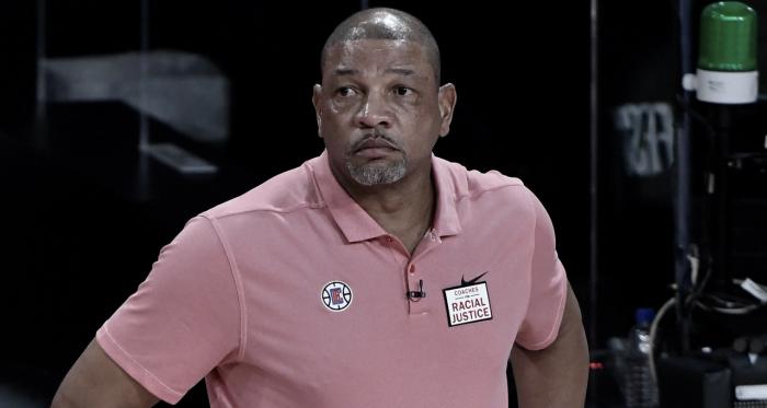 """Doc Rivers cree en """"El Proceso"""" de los 76ers"""