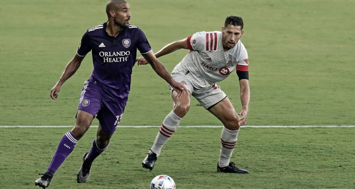 Orlando City vence a un Toronto FC sin rumbo