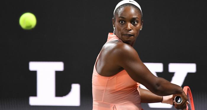WTA Charleston: Sloane Stephens upsets Madison Keys