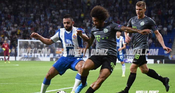 Maxi Vargas ante Isael en el Espanyol - Ferencvárosi | Foto: Noelia Déniz (VAVEL)