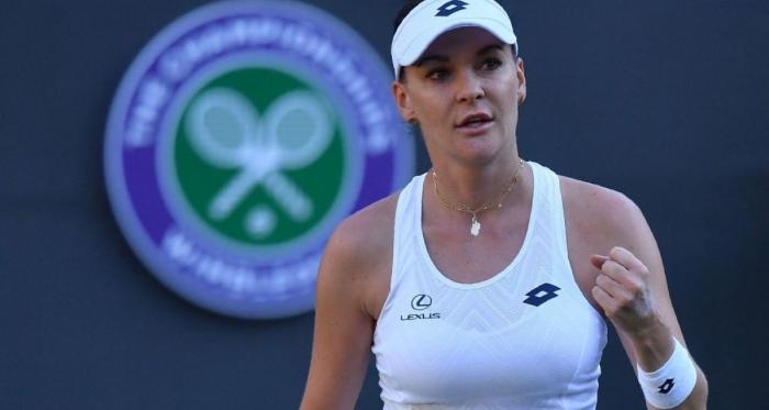 Le dodici fatiche di Maga Aga, Radwanska al secondo turno a Wimbledon - Twitter