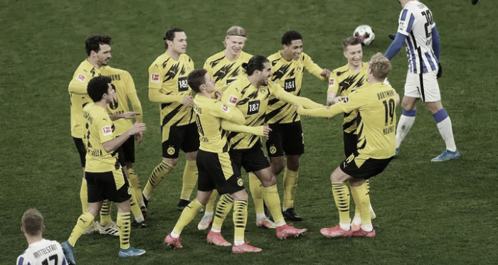 Dortmund despedaza a un Hertha que no ha logrado su cometido