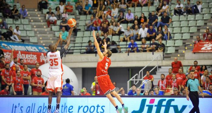 UCAM Murcia y Valencia Basket se citan en el Palacio de los Deportes. | Foto: UCAM Murcia