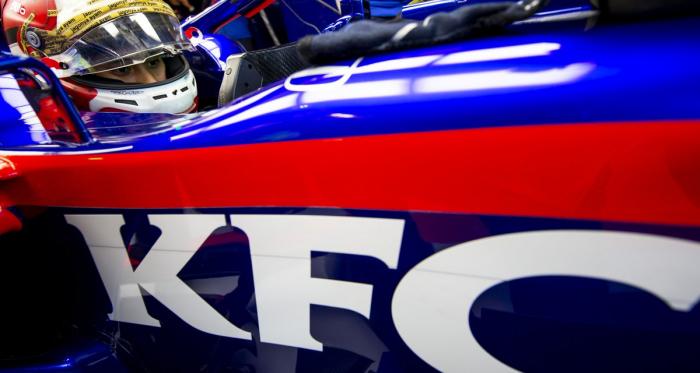 Dukungan Penuh KFC Global untuk Sean Gelael di FP1 GP Amerika