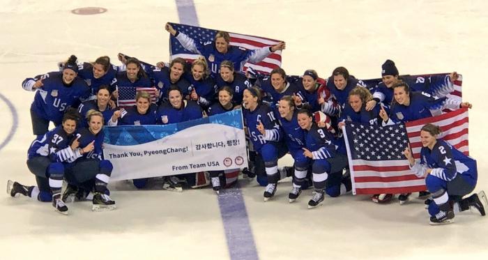 PyeongChang 2018 - Hockey Femminile: USA d'oro, Canada battuto agli shoot-out | Twitter IIHF