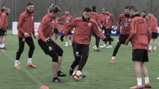El Deportivo prepara el encuentro frente al Tenerife en Abegondo // RCDeportivo