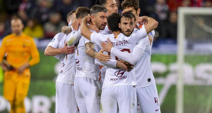 Serie A - La Roma vince in rimonta: 3-4 al Cagliari sempre più in crisi