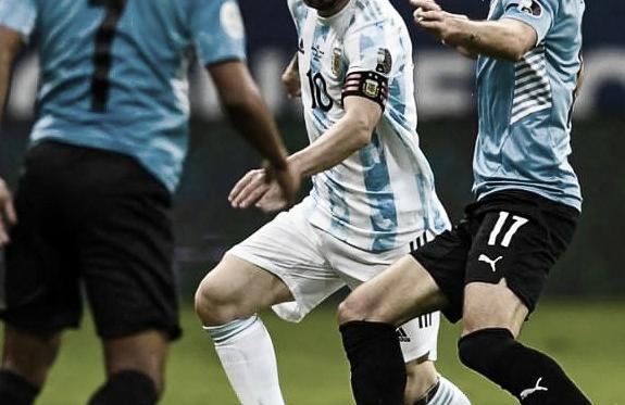 Messi lidera a Argentina en la victoria ante Uruguay (1-0)