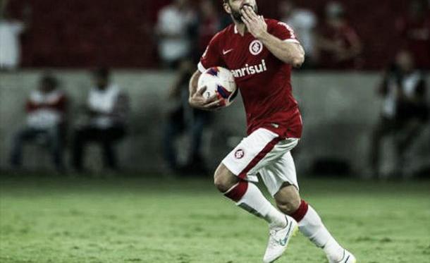 Lisandro López, a esperança de gols no Internacional