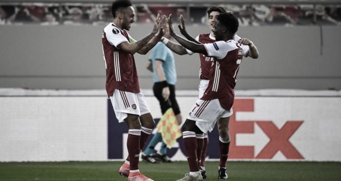 El Arsenal tira de heroicidad para remontar al Benfica