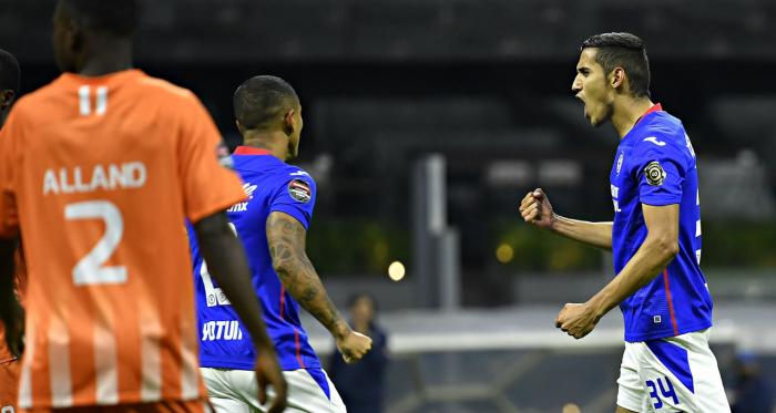 Sin problemas, avanza Cruz Azul en Concachampions
