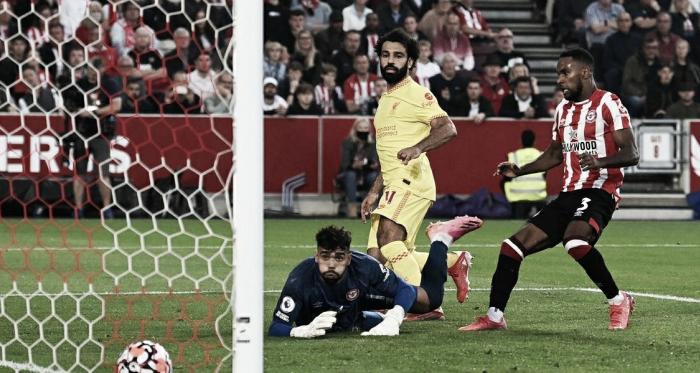 Em jogo eletrizante, Liverpool não segura vantagem e empata com Brentford