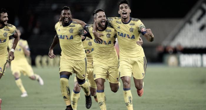 """Após vitória por 4 a 0, Carpegiani elogia atuação do Flamengo: """"Criamos bastantes chances"""""""