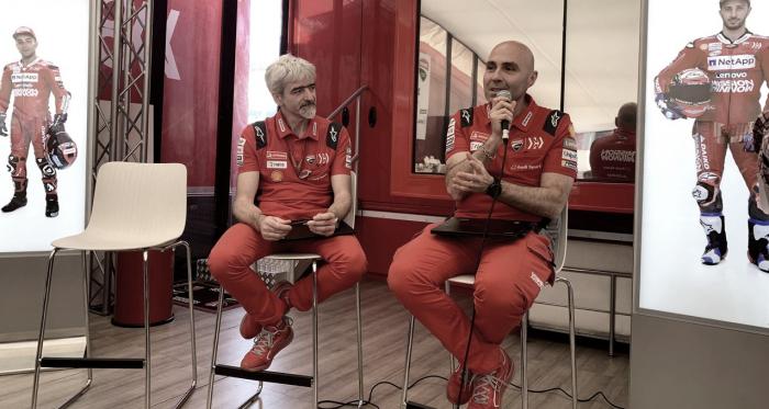 Gigi Dall'Igna, Manager General de Ducati Corse, y Gabriele Conti, jefe del departamento de sistemas electrónicos de Ducati. | Fuente: Ducati