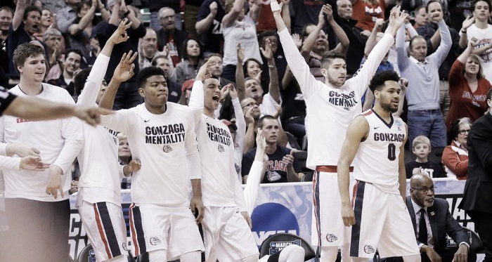 Gonzaga players celebrate during their first-round win in the NCAA Tournament/Photo: USA Online News