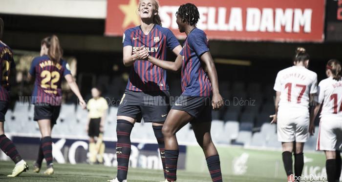 Oshoala y Hamraoui celebrando un gol. FOTO: Noelia Déniz