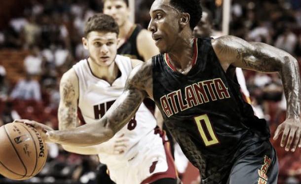 Los Hawks conquistan la casa de los Heat de la mano de Teague