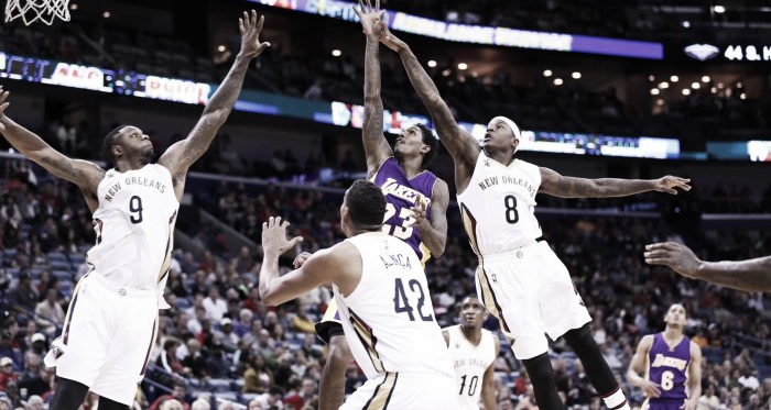 Lou Williams had himself a night, pouring in 22 points against the struggling New Orleans Pelicans. Photo: Los Angeles Lakers Twiiter Page (@lakers).
