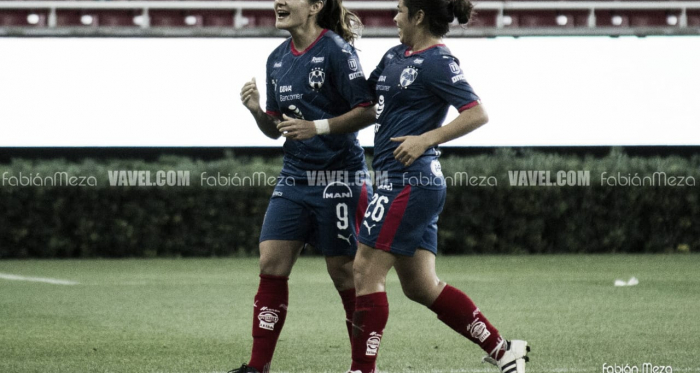 Desirée Monsiváis festejando uno de sus tres goles/ Foto: Fabián Meza - VAVEL