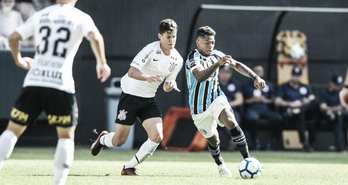 Melhor posicionado na tabela, Grêmio recebe o Corinthians pela última rodada do Brasileirão