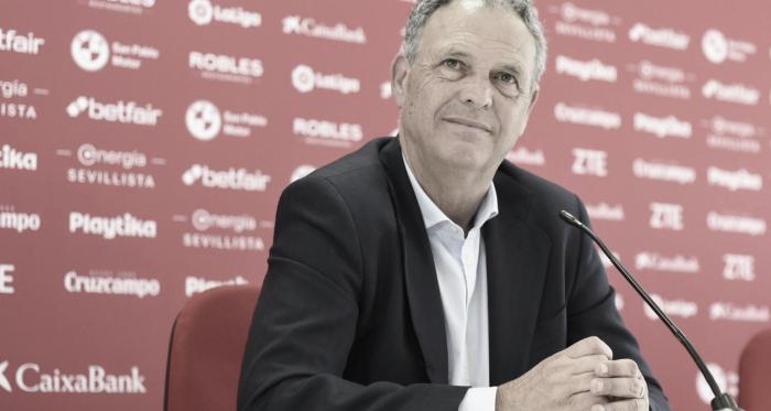 Joaquín Caparrós en rueda de prensa   Foto: Sevilla FC