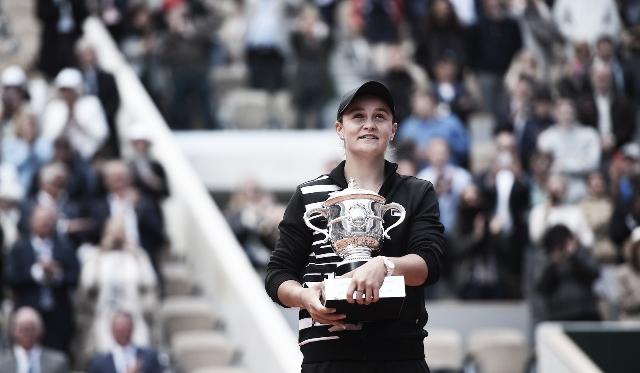 Ashleigh Barty levantó la copa Suzanne Leglend. Foto: Roland Garros