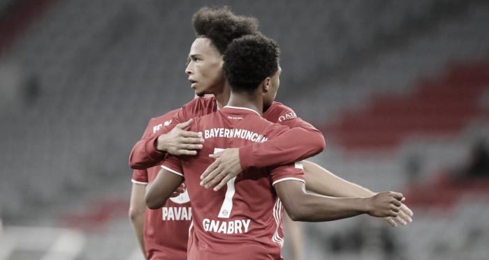 Imparável! Bayern de Munique goleia Schalke na estreia da Bundesliga
