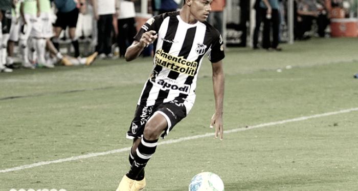 Em busca de reforços, Santa Cruz anuncia atacante Robinho, ex-Ceará