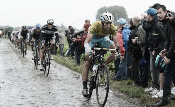 Nibali resistiu a todas as adversidades (Foto: Cycling Weekly)