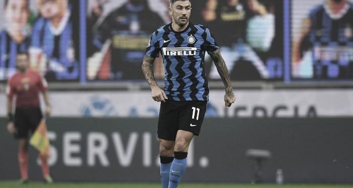 Internazionale anuncia renovação contratual do experiente lateral Kolarov