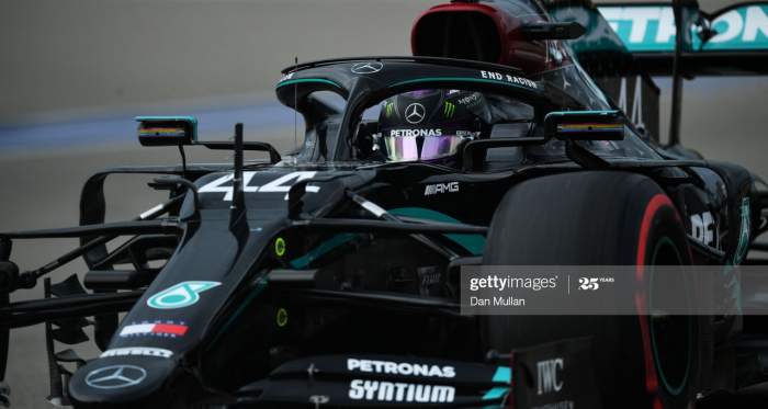 Lewis Hamilton sets blistering pole despite red flag scare in Q2