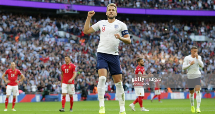 Harry Kane celebrates netting against Bulgaria at Wembley Stadium | Photo: Getty/ Robin Jones