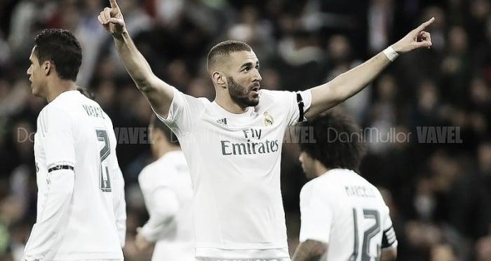 Karim Benzema festejando un gol con el Real Madrid. Fuente VAVEL, Dani Mullor