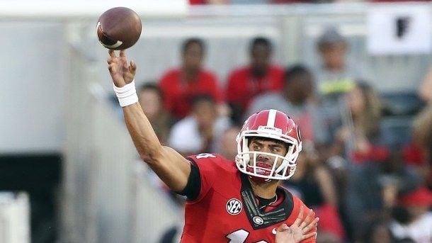 Georgia Annihilates Rival South Carolina 52-20