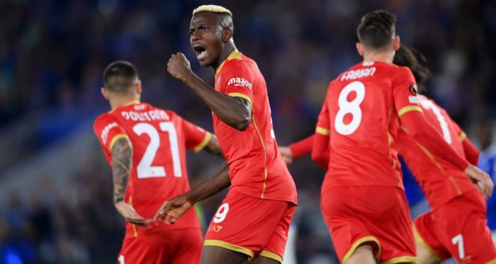 Osimhen trascina il Napoli: Leicester rimontato 2-2