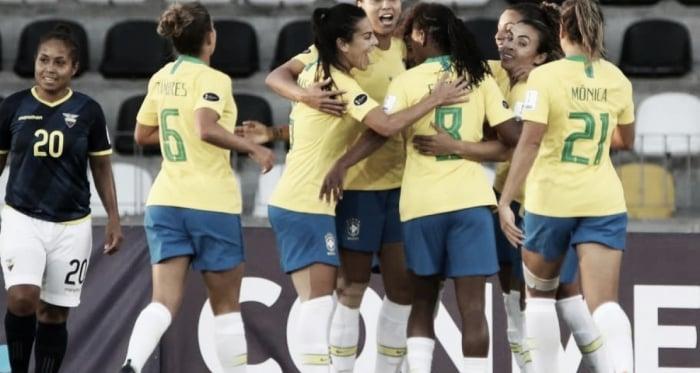 Brasil goleia Equador e se isola na liderança da Copa América Feminina