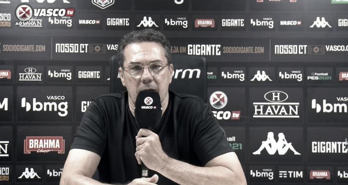 """Após vencer Atlético-MG, Luxemburgo mantém cautela contra a queda: """"Vou me doar ao máximo"""""""