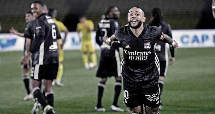 Com dois de Memphis Depay, Lyon supera Nantes e volta a brigar pela liderança